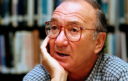 Hollywood figures mourn the death of Neil Simon