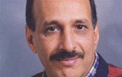 خيري منصور الشاعر الذي نام ملء غزالته – بقلم عواد علي