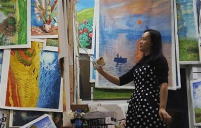 China struggles to shed reputation as global capital of art copies