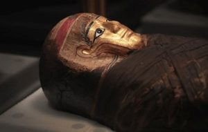 NY museum says ancient coffin was looted, will go back to Egypt