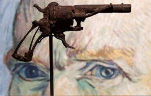 """المسدس """"الذي انتحر به"""" فان غوخ يباع في مزاد"""