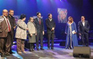 الجوائز المصرية للشعر… عندما تقع في عتمة التقليد والانحياز – بقلم محمود قرني