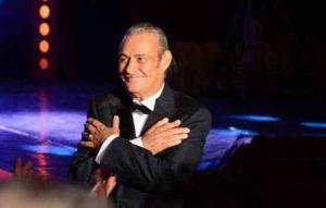 رحيل الفنان فاروق الفيشاوي ، بعد صراع مع السرطان