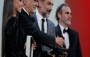 «جوكر» يحصد جائزة الأسد الذهبي في مهرجان فينيسيا