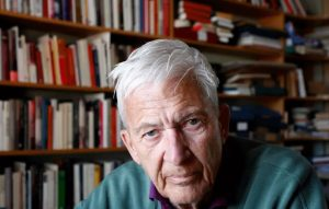 وفاة الكاتب السويدي المعروف بير أولوف إنكويست عن 85 عاما