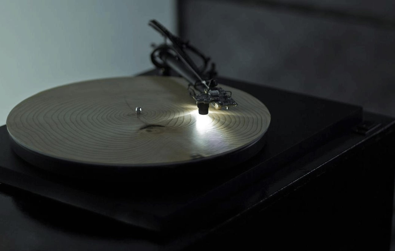 You are currently viewing The nature of sound: how German artist Bartholomaus Traubeck turns tree rings into music