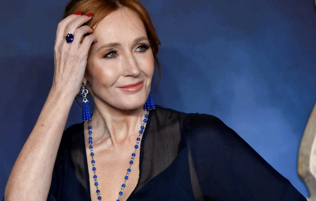 You are currently viewing 'Harry Potter' author J.K Rowling says fully recovered from likely coronavirus