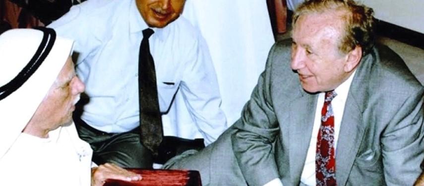 عشرون عاماً على رحيل سلطان بن علي العويس