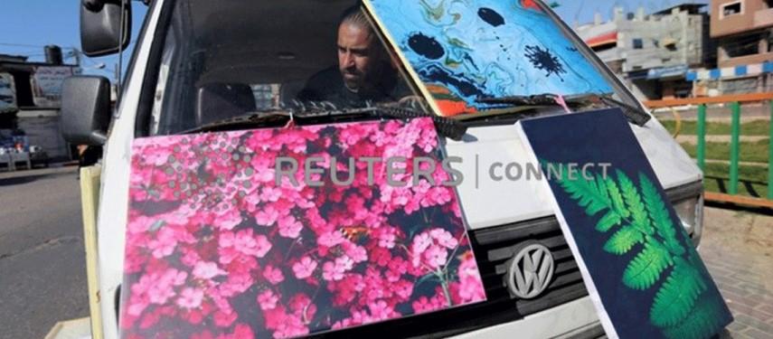 'Art van' adds a splash of colour to bleak Gaza life