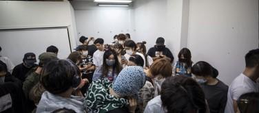 Up for grabs: Tokyo art exhibit invites theft