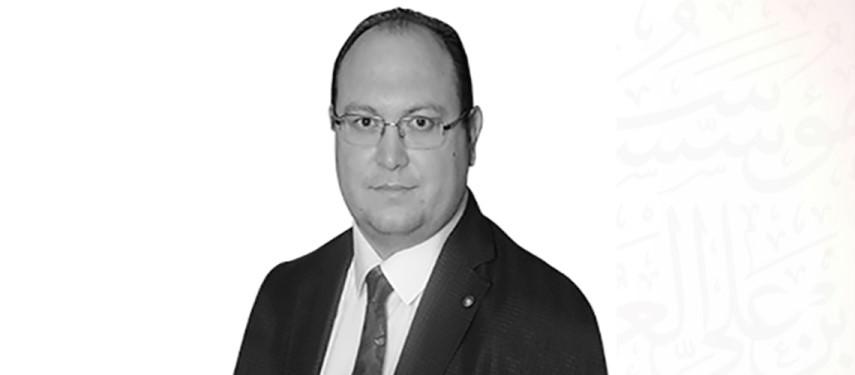 Read more about the article الشرق والغرب.. ومقاربات المثقفين – بقلم محمد زاهد غول